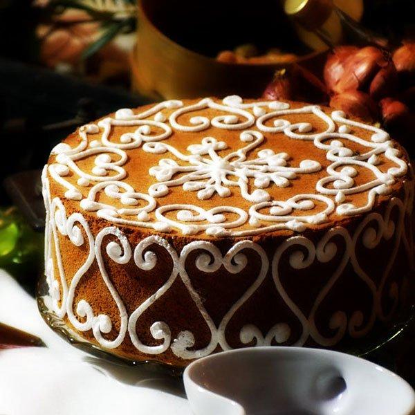 Miodownik - ciasto miodowe z korzennymi przyprawami