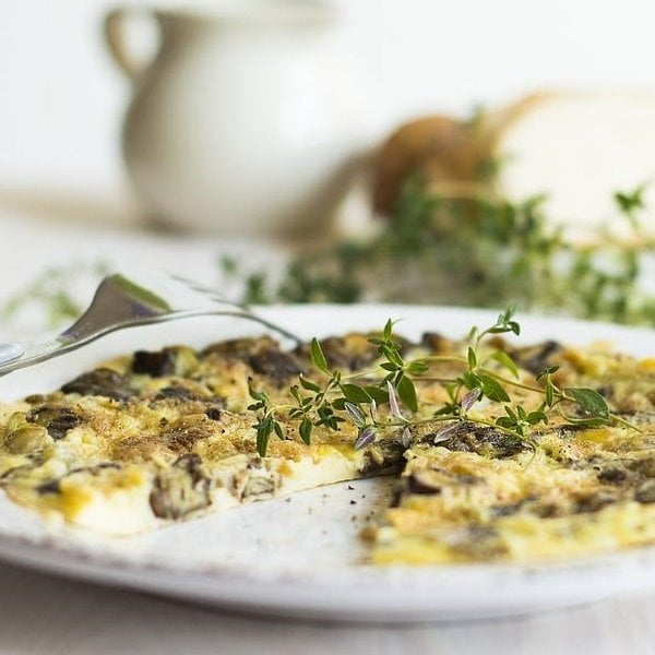 Omlet z kaparami i kiełkami