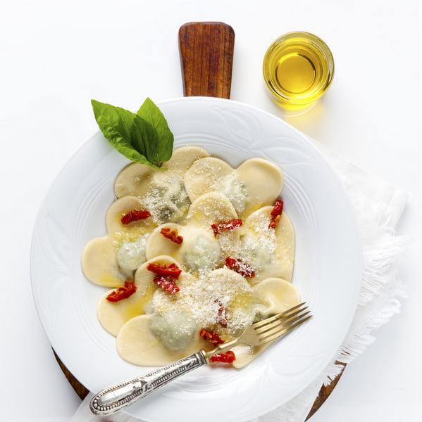 Ravioli ze szpinakiem i parmezanem