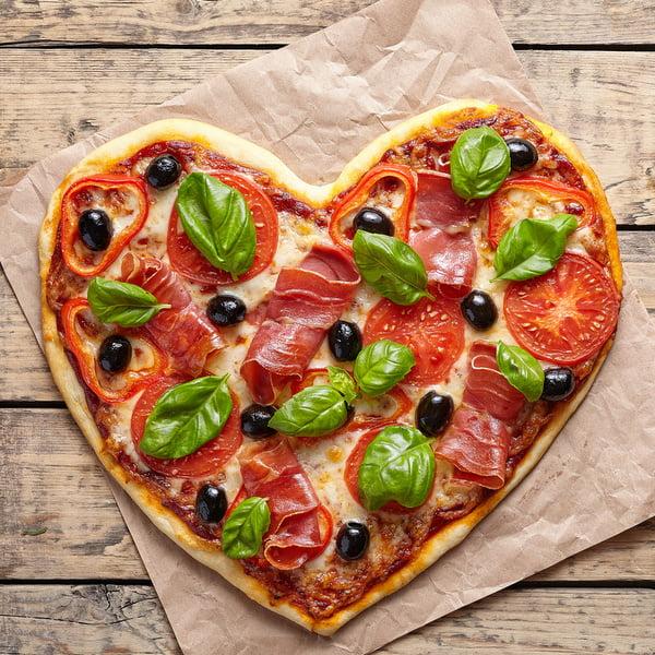 Pizza palce lizać