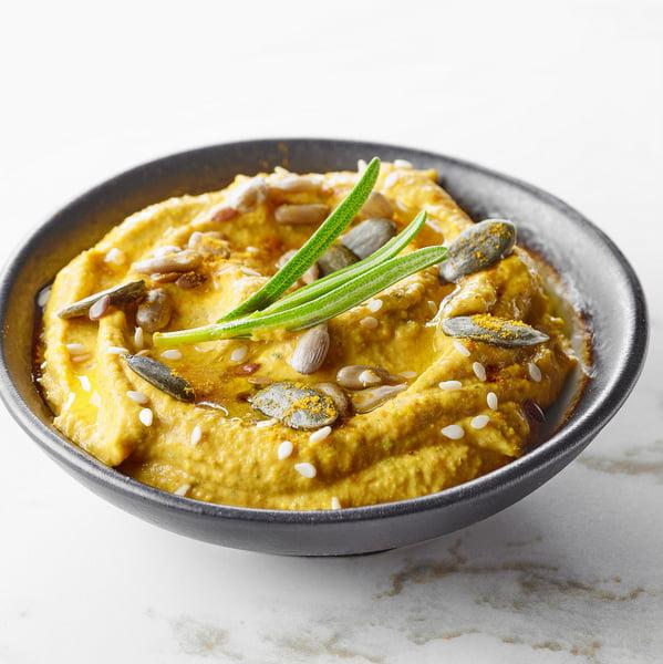 Żółty hummus